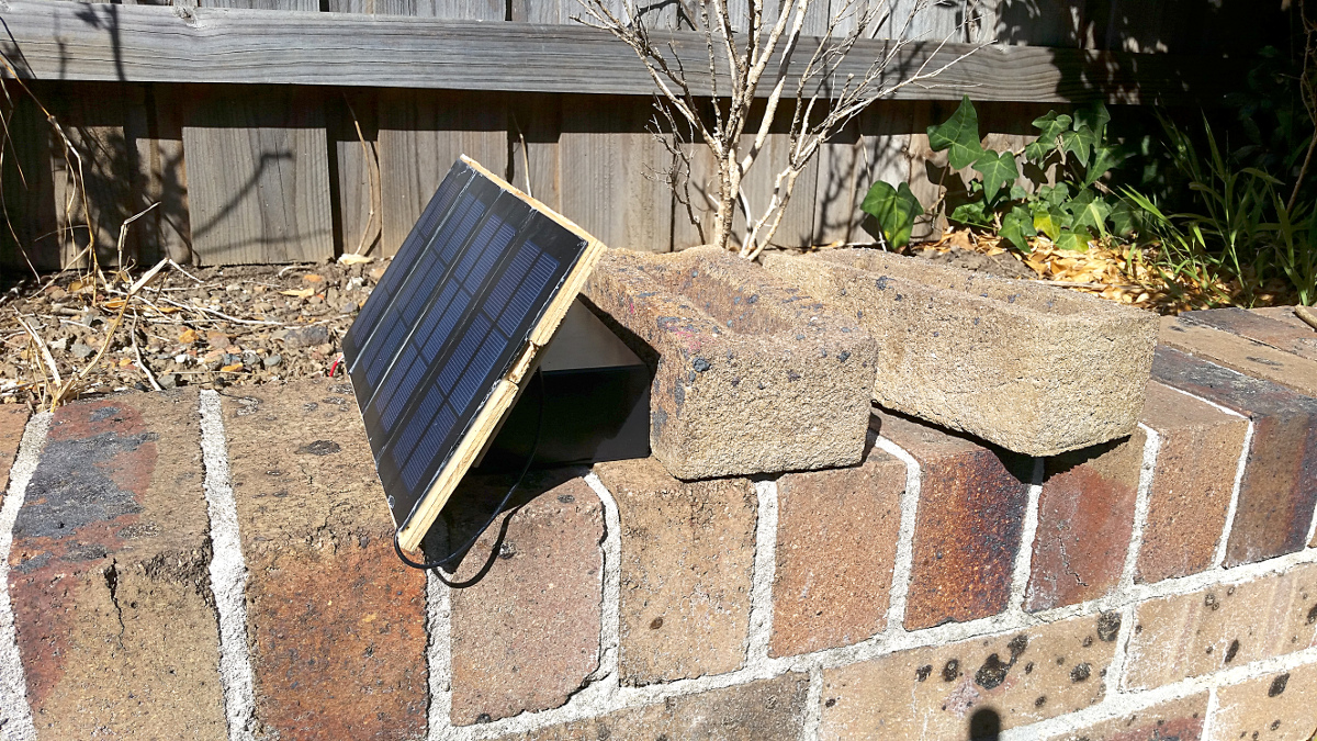 Solar Powered Esp8266 Oppoverbakke Arduino Weather Station Li Ion Battery Charger I Ran The Wires Through A Hole In Side Of Enclosure With Grommet Inserted To Reduce Wear And Tear On Insulation